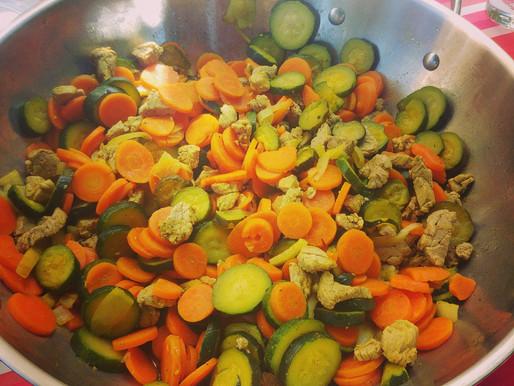 Wok filet mignon de porc, courgettes et carottes