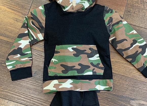 Black & Camo Outfit