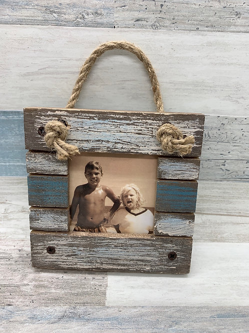 "Rustic Hanging Frame for 2"" Photo"