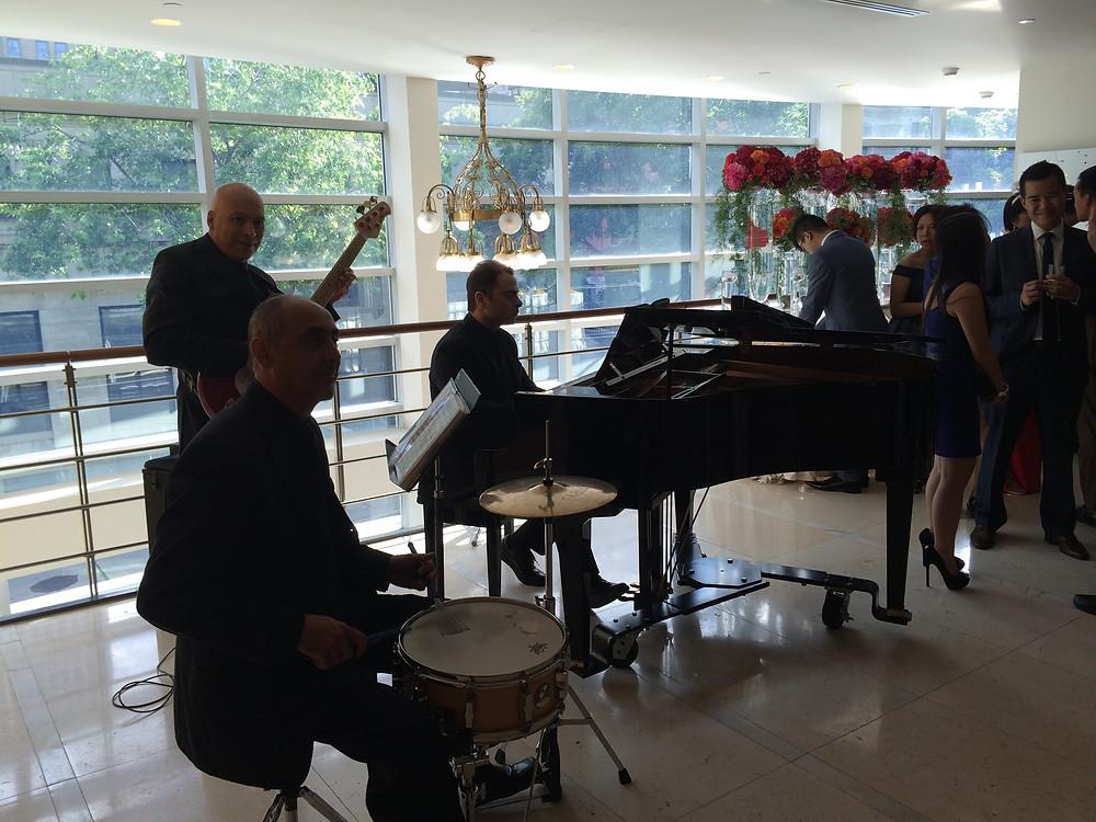 Trio jazz pour la période de bienvenue