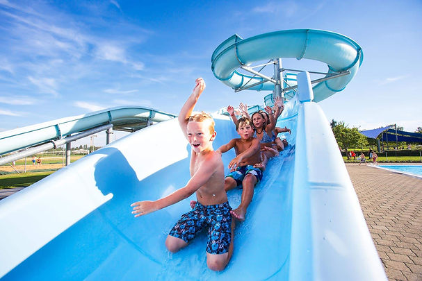 kids-waterslide-fun-3128.jpg