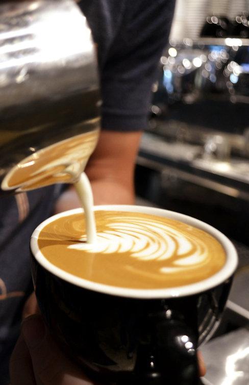 LatteArt1_edited.jpg