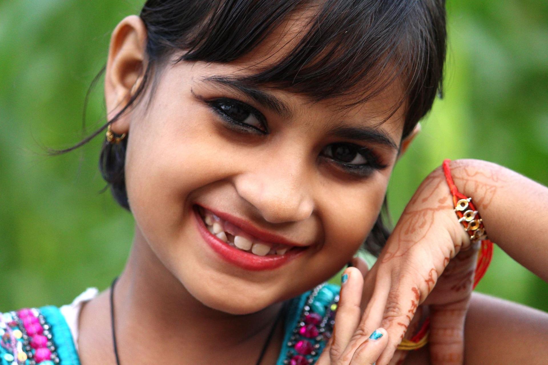 indian-girl-3001746_1920