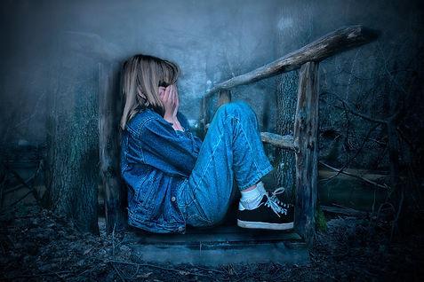 girl-4971337_1920.jpg