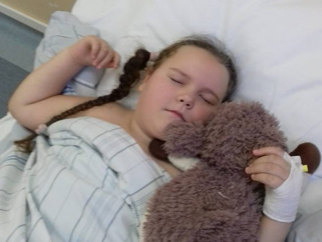 Oliwia już po operacji