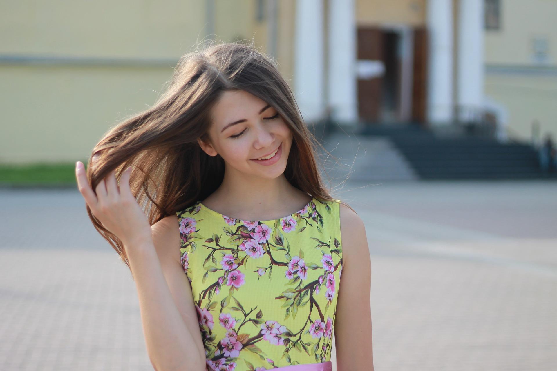 girl-2973626_1920