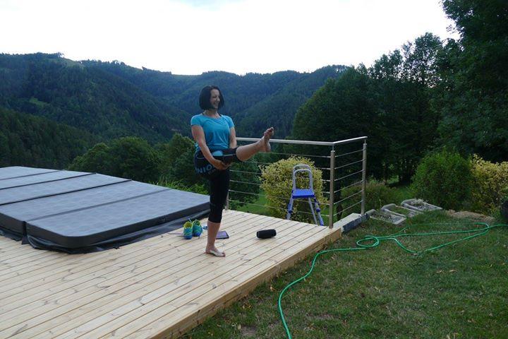 Pilates mit Claudia Erjawetz
