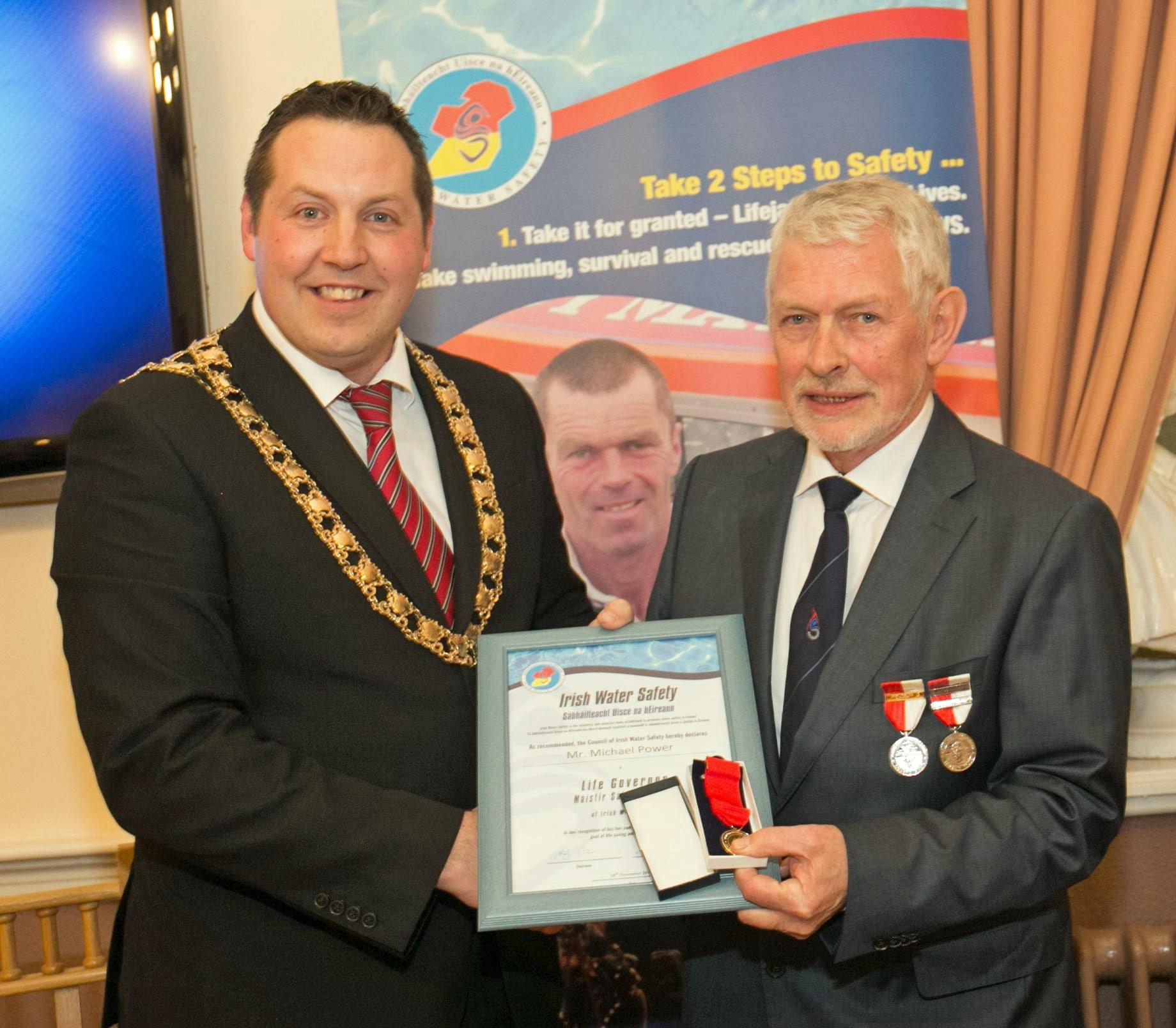 M-Power-Life-Govenor-Award-