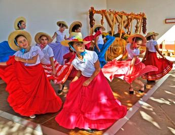 MexicanDancers.jpg