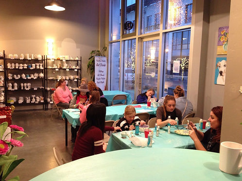Mon 10/19 Family Pottery Night Special 4:00-6:00