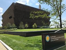 Smithsonian-nmaahc-outside-20160720.jpg