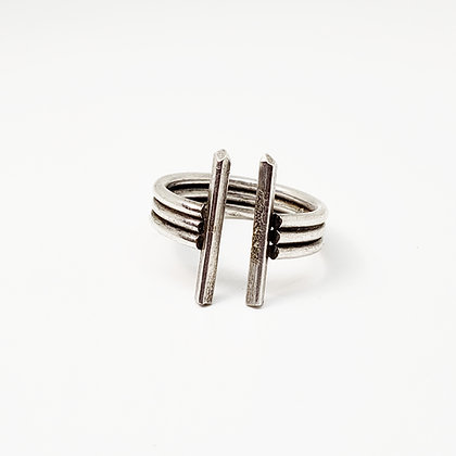 Double Dagger Ring