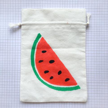 Craft Workshop: Painting Tropical Fruits on Fabric Bags with Seniors