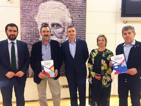 El PSOE recibe en mano el posicionamiento del colectivo profesional del área de Educación Física &qu