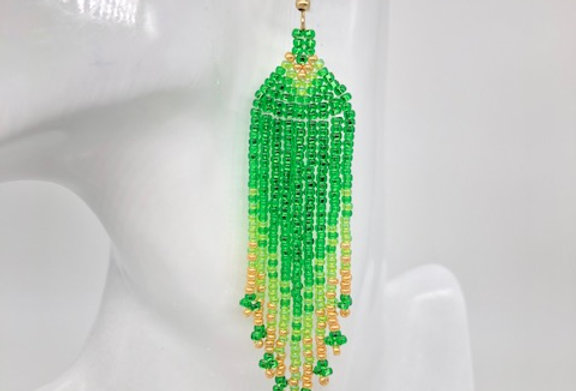 Beaded earrings - Green and gold