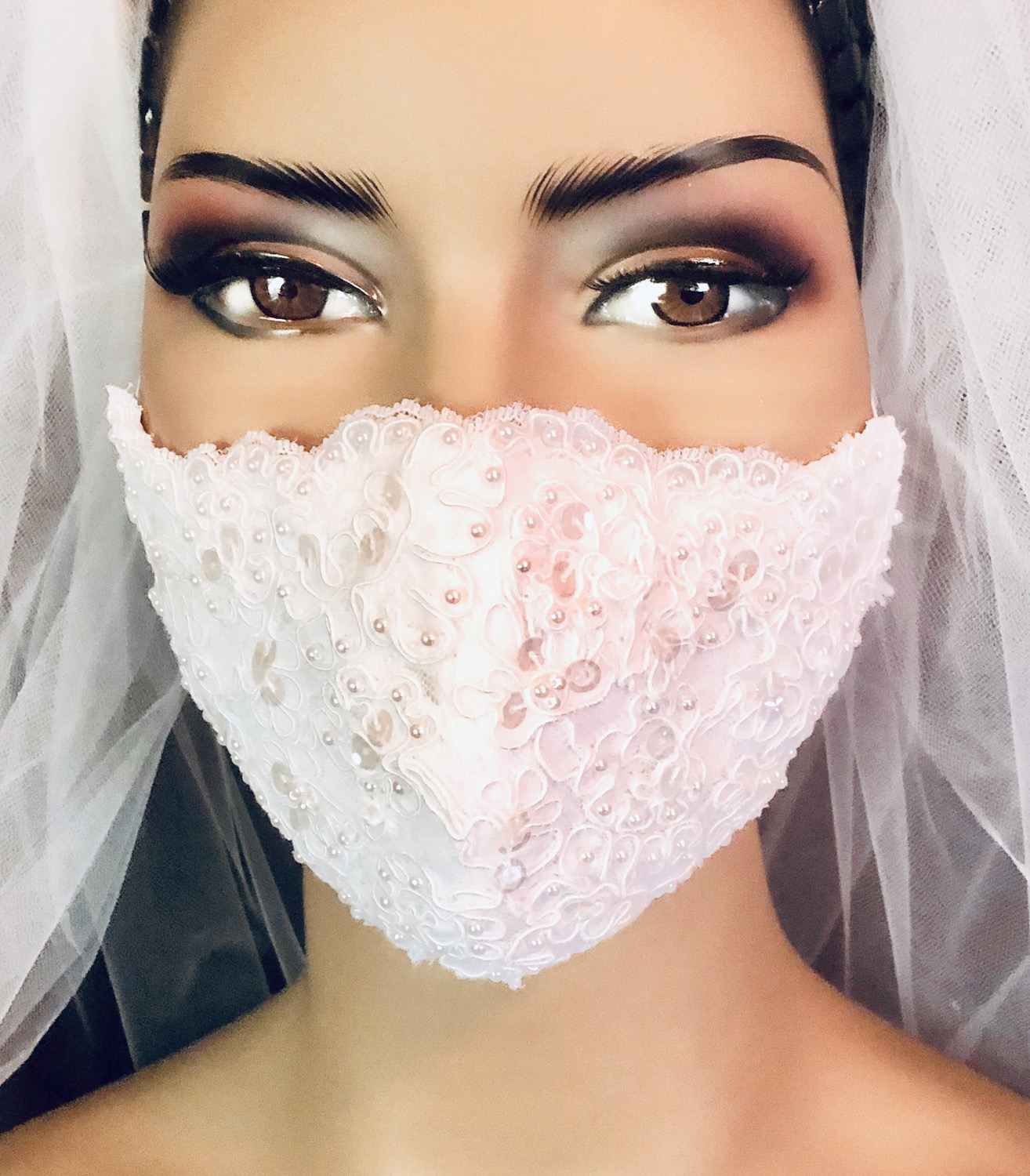 Pearls & Sequins Lace Bridal Mask