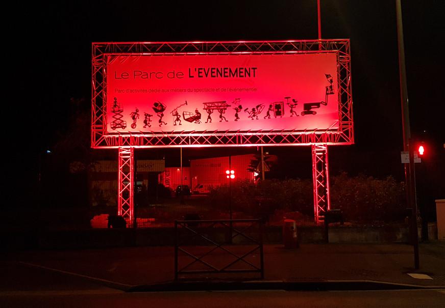 """""""Alerte Rouge"""" au PARC DE L'EVENEMENT"""