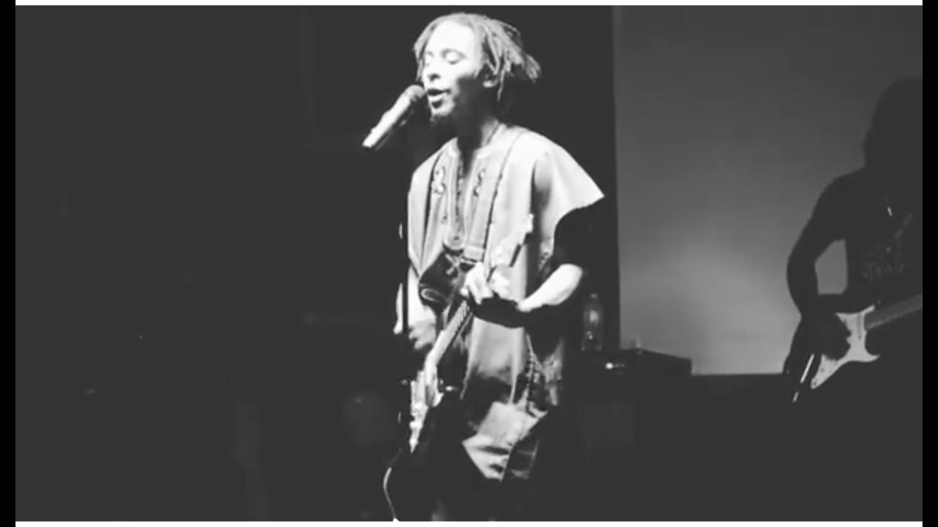 A Conqueror Live At The Garden 2017 (1).