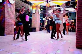 Melania club ballerini.jpg