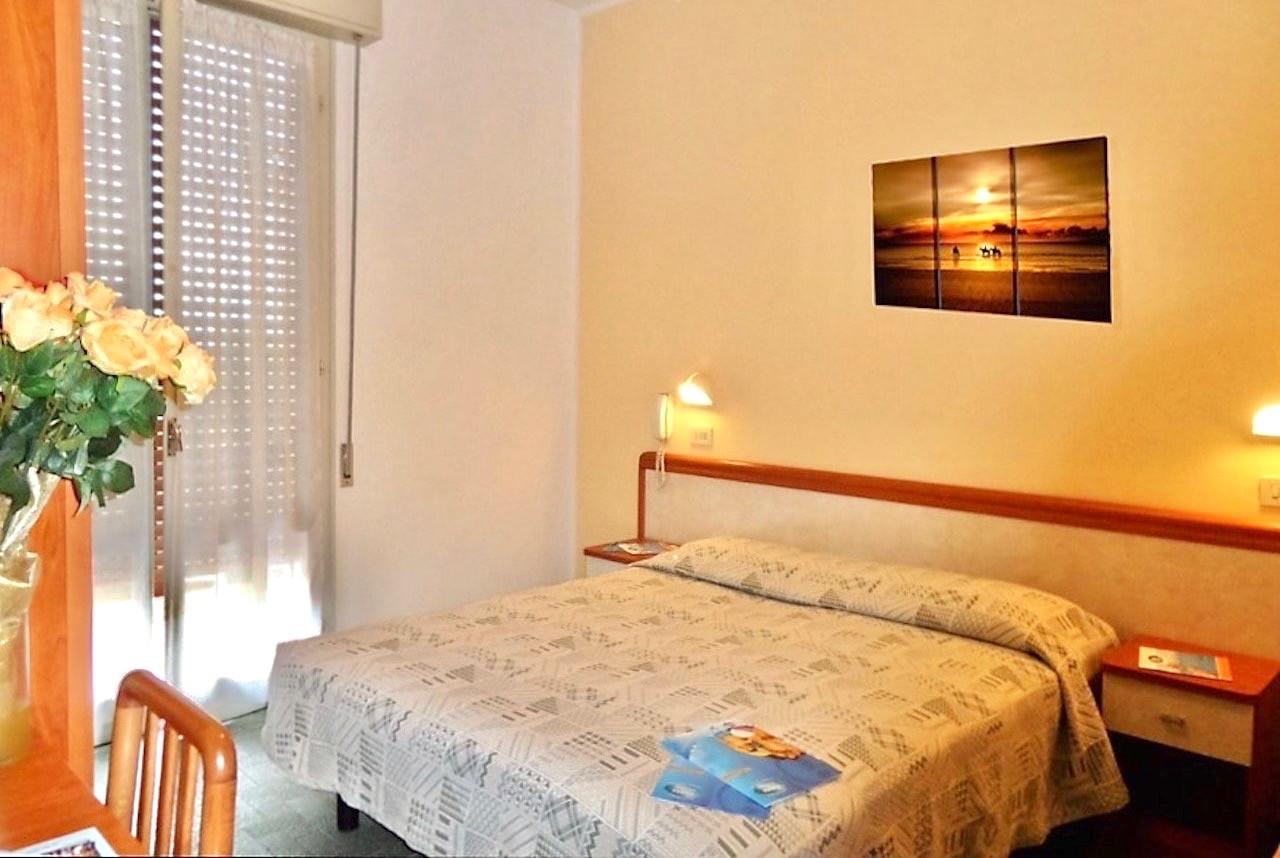 hotel-baky-gobbi-hotel-gatteo-mare-camer