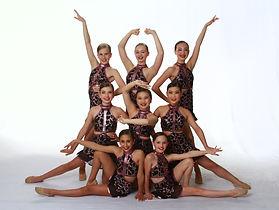 Bailar~KarinaFl_KaileyKw_KendallLa_MariL