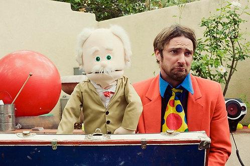 Improv puppet show