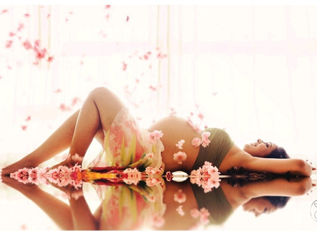 5  Reasons  to get  a  Maternity  Shoot