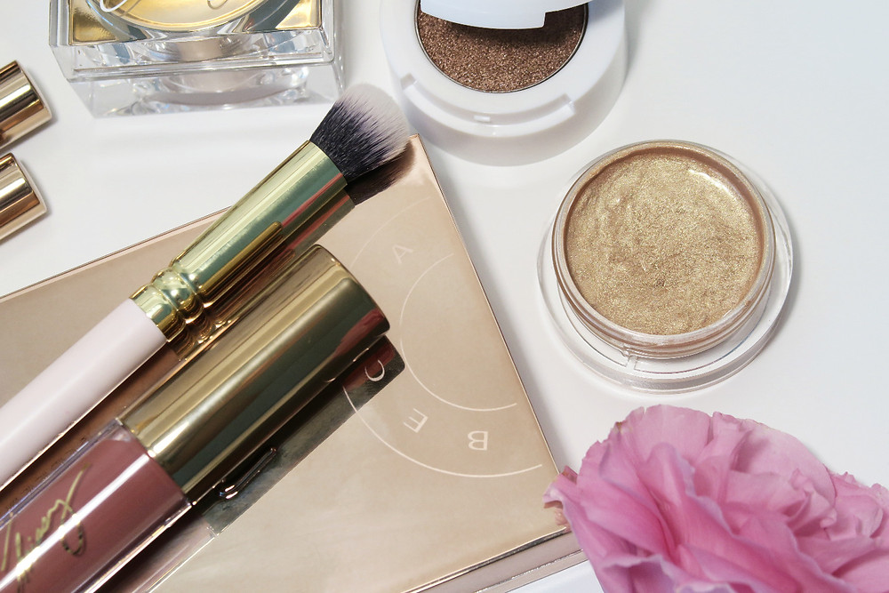 becca cosmetics chrissy cravings glow kitchen kit review