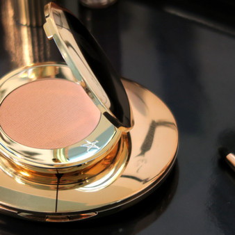 Charlotte Tilbury Magic Vanish Color Corrector, Review