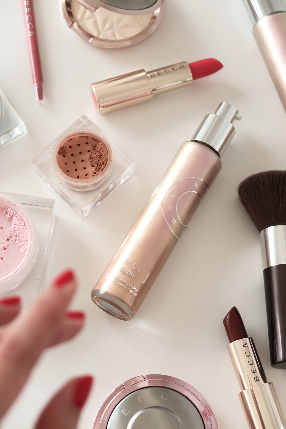 Becca Cosmetics Ignite Liquified Light Face & Body Highlighter Review