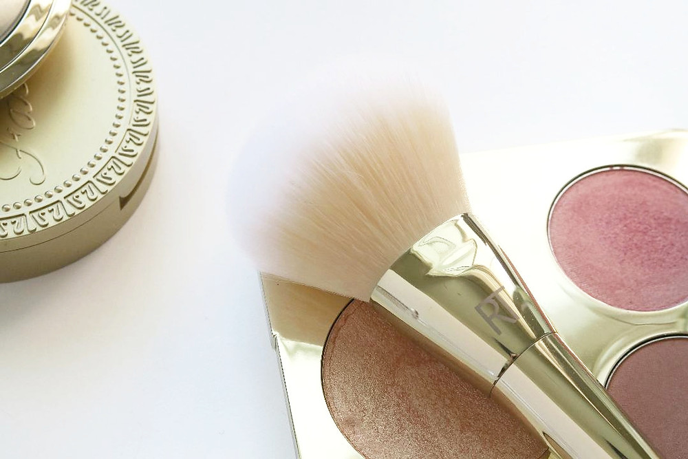real techniques bold metals brush 103 review