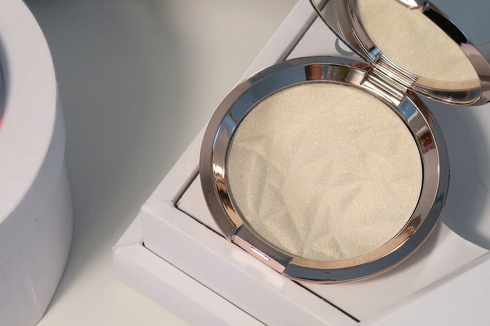 becca cosmetics vanilla quartz review