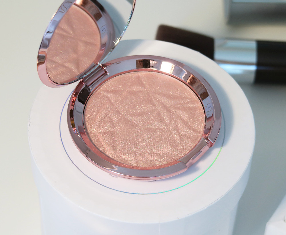 becca cosmetics rose quartz review