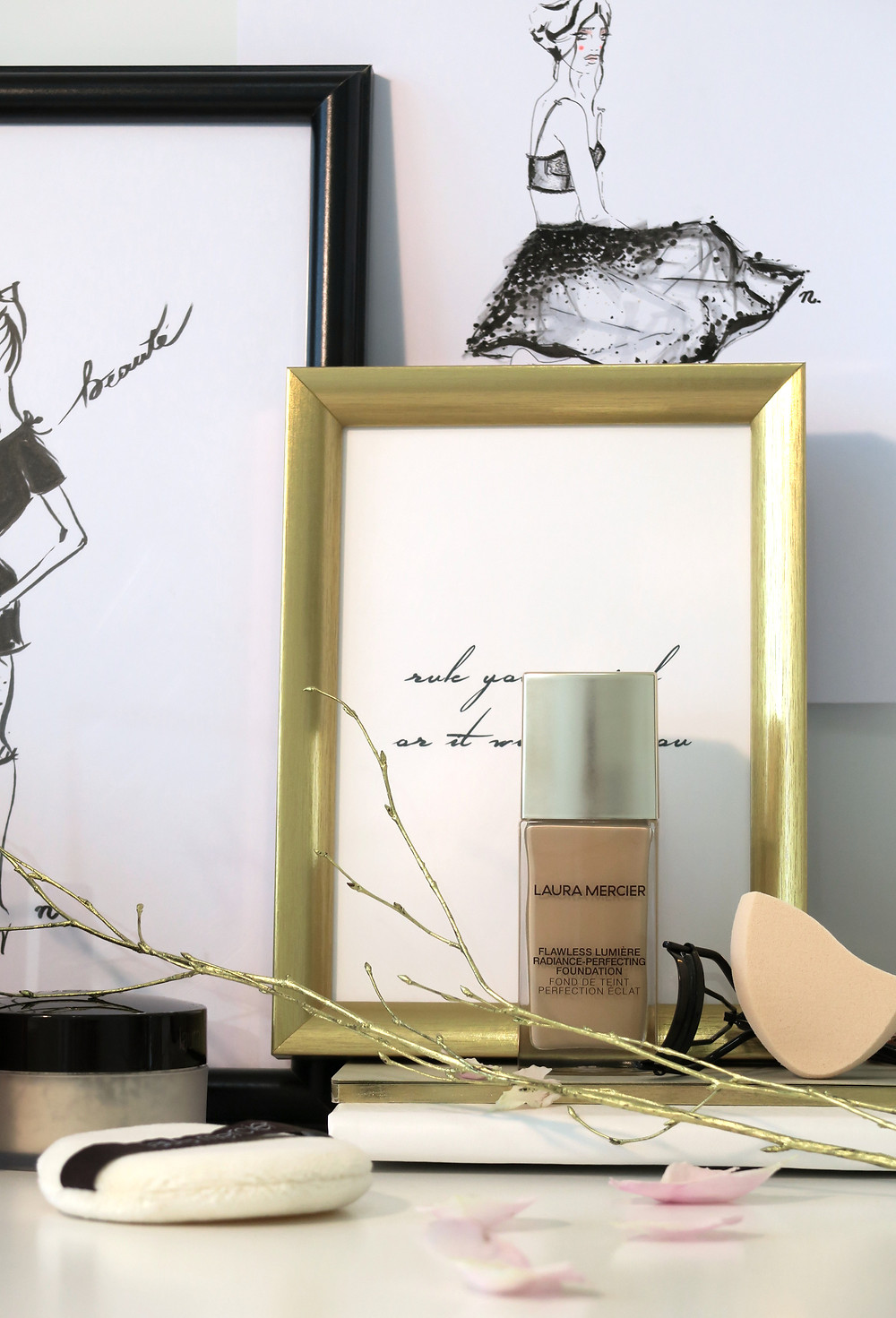 laura mercier flawless lumiere radiance perfecting foundation review