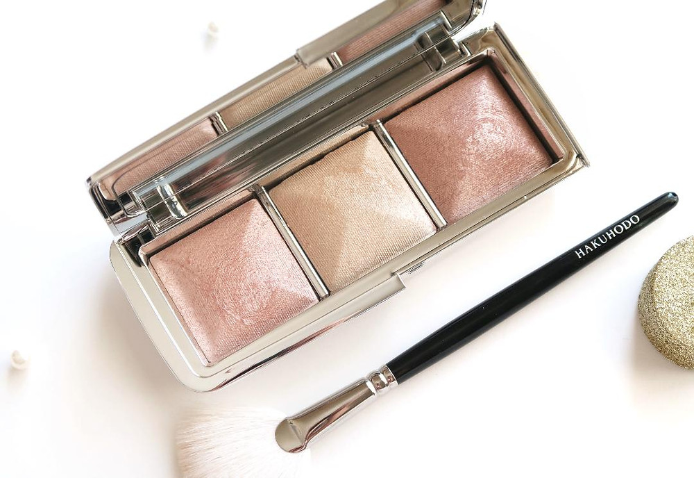 hourglass ambient metallic strobe lighting palette review