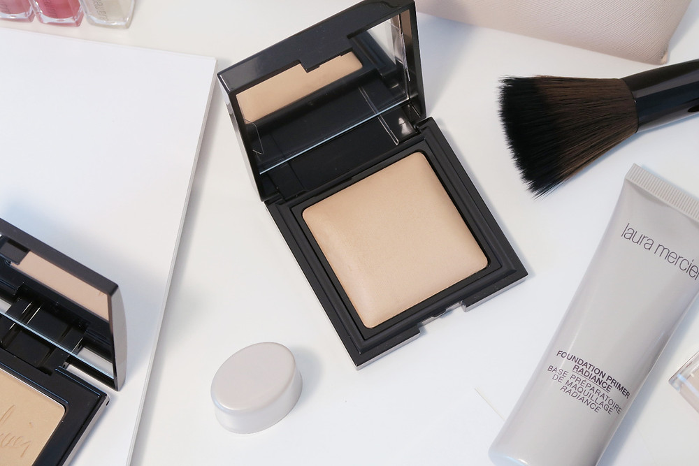 laura mercier candleglow sheer perfecting powder review