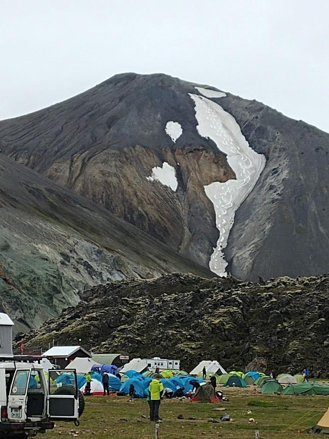 Mánuður 57