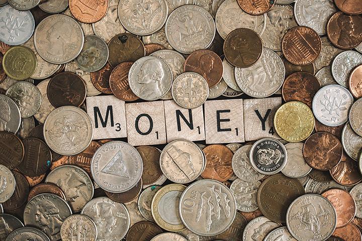 Budget, Money