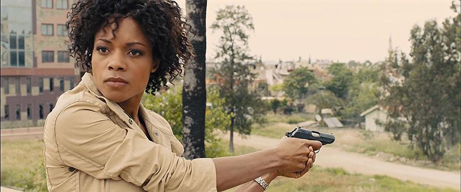 De acordo com a atriz Naomie Harris, existe a possibilidade de Moneypenny ganhar um spin-off da franquia 007 (Foto: Divulgação)