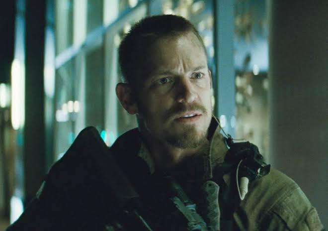 Joel Kinnaman retornará ao papel de Rick Flagg em Esquadrão Suicida 2 (Foto: Warner Bros. Pictures / Divulgação)