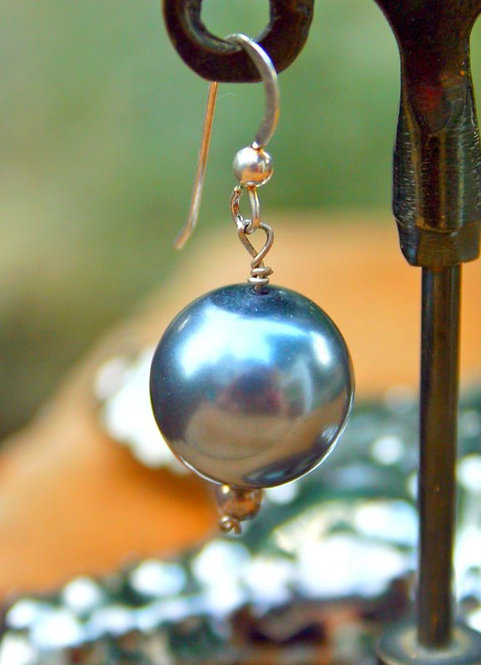 Pearl & Crystal Earring