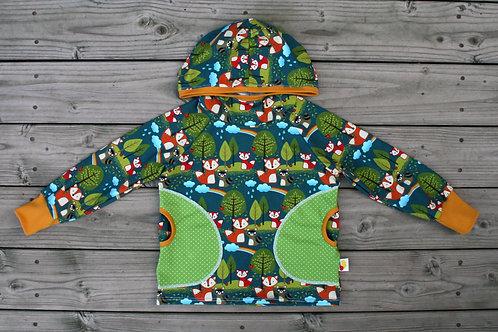 Tee-shirt à capuche forêt enchantée
