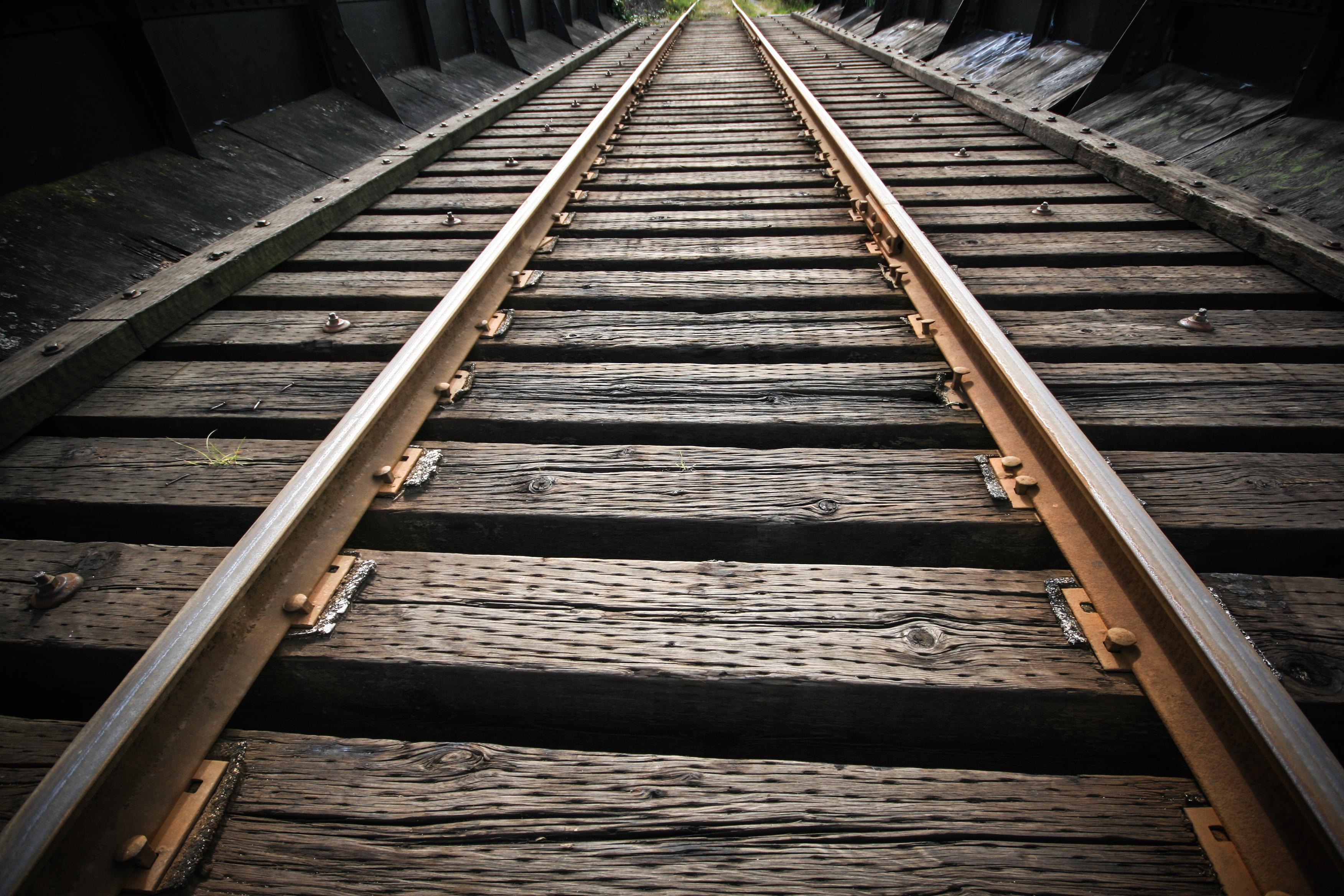 Tracks-7.jpg
