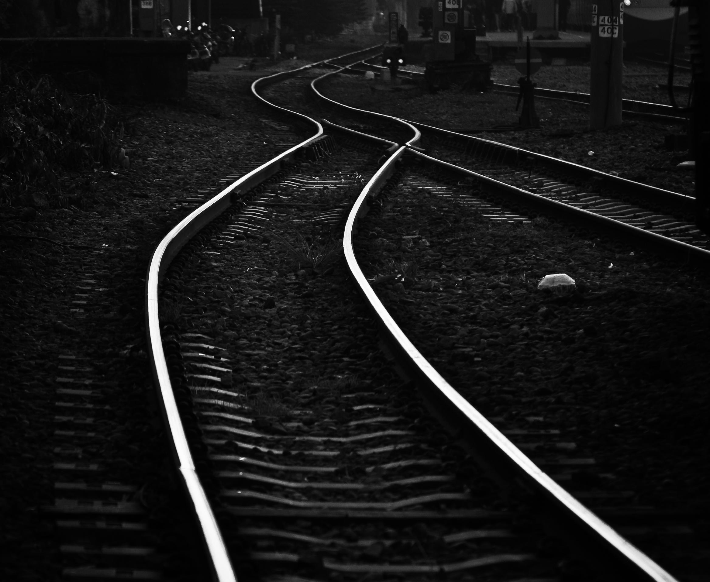 Tracks-8.jpg