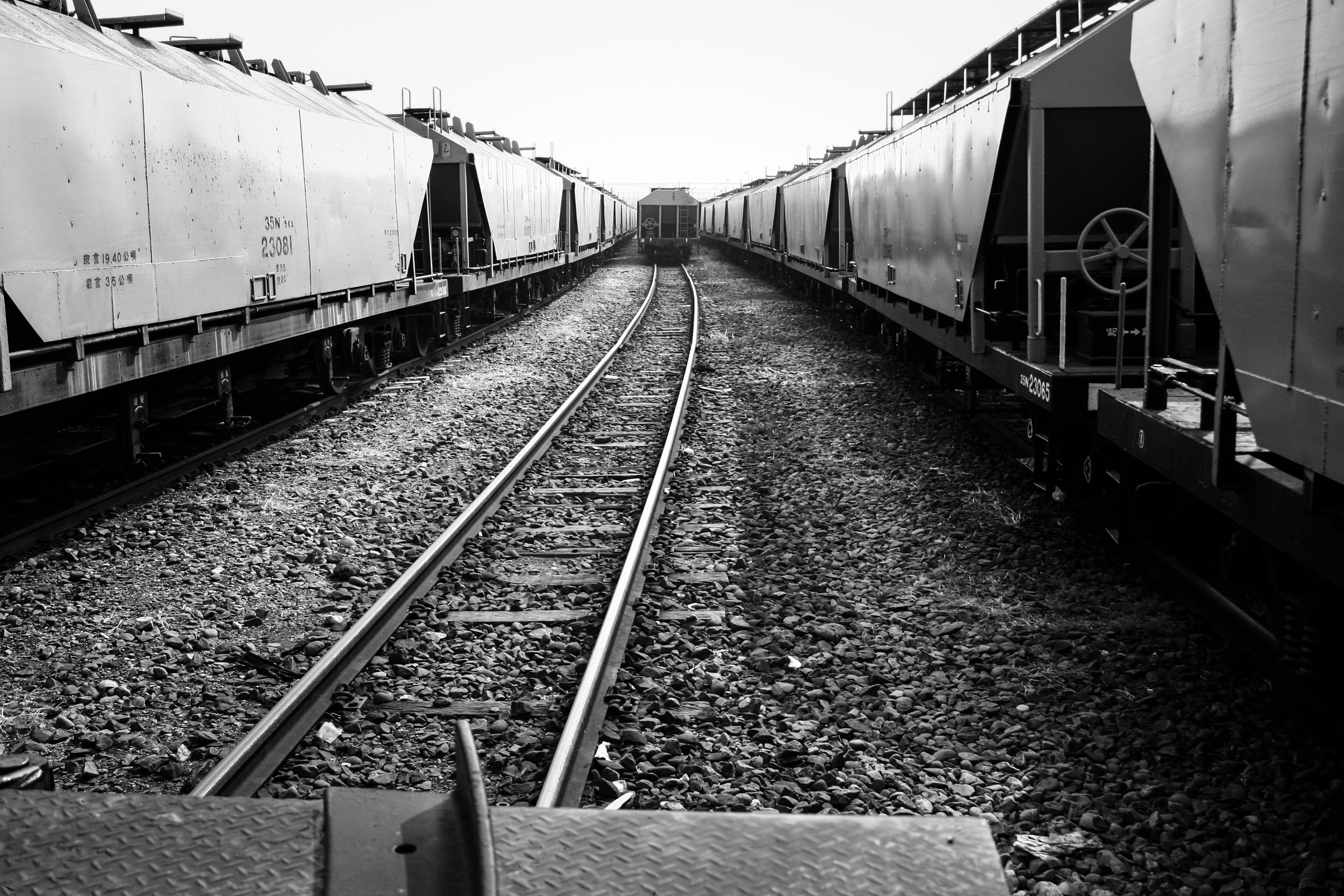 Tracks-3.jpg