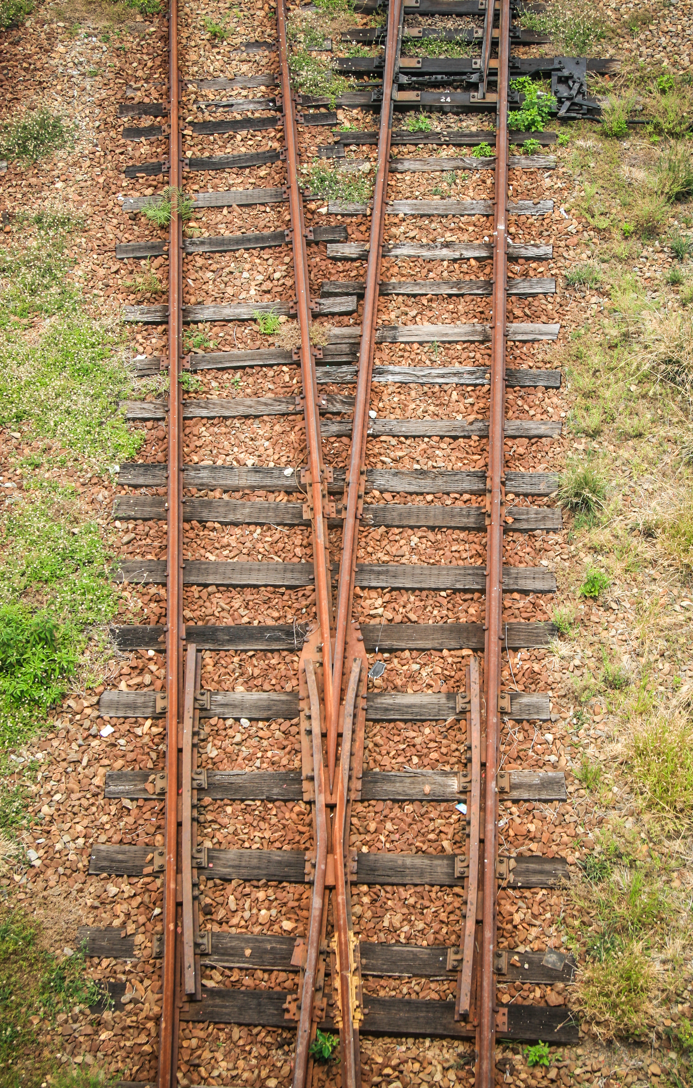 Tracks-9.jpg