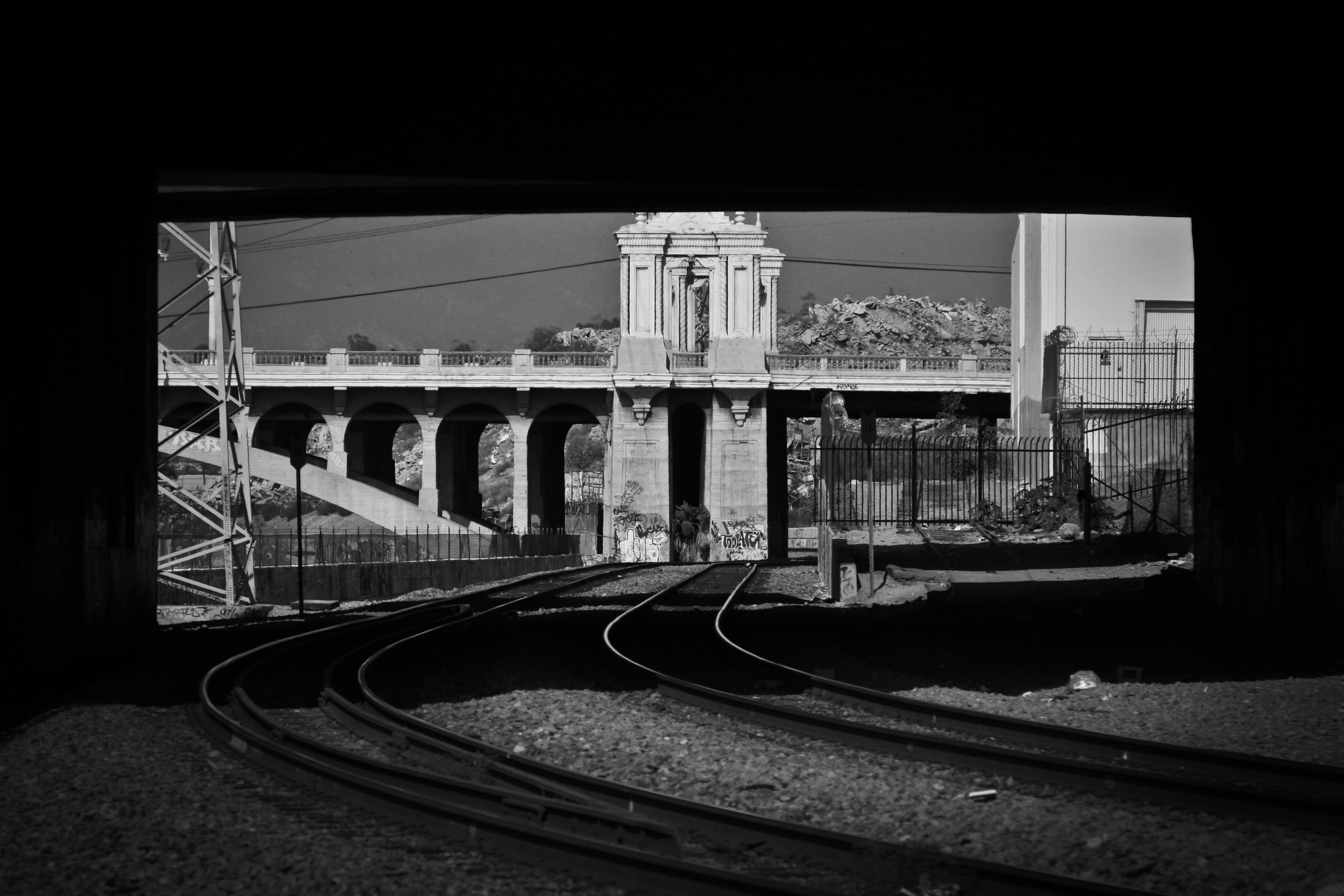 Tracks-11.jpg