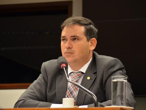 Raério cobra posição de Beto Rosado sobre furto de trator
