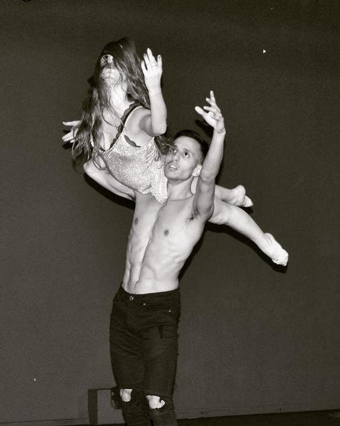 Iz Ou et Dany lors de leur show - Soirée Back To School/Alma danse
