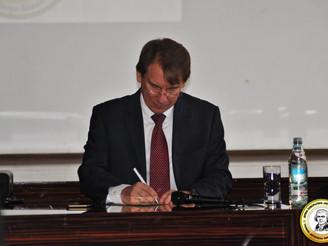 NATO-ს სამეკავშირეო ოფისის ხელმძღვანელმა ბატონმა უილიამ ლეჰიუმ თომას ჯეფერსონის კვლევით ცენტრში სემი